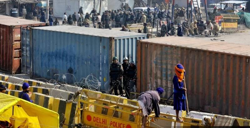 Delhi police arrested 44 People in Singhu border violence